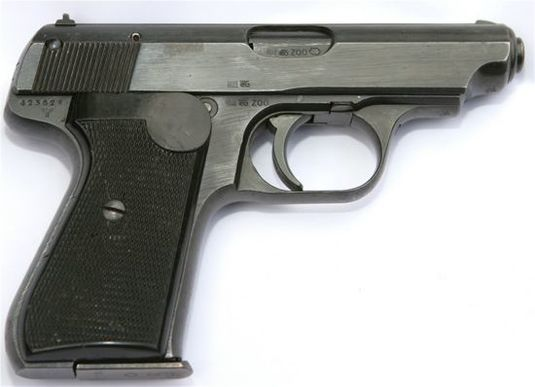 Фонарь для ночной стрельбы: с чего начинался лазерный прицел